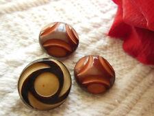 trio  boutons anciens en corozo coloré à pied joli collection 1,6 et 1,7 cm G15E