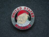 VINTAGE METAL PIN   UNITED STATES MARINES DEVIL DOG FIRST TO FIGHT