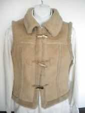 Girls Sz S Solid Buff Cream GAP Suede-Like Short Vest Horn Buttons Acrylic *