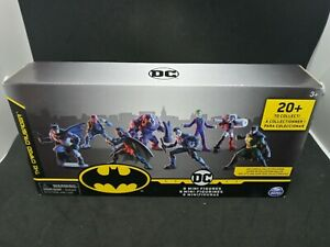 "DC Creature Chaos ""The Caped Crusader"" 8 Mini Figures (Batman,Robin,Joker,etc.)"