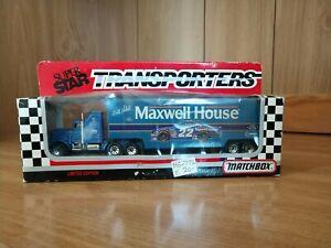 1993 Matchbox Superstar Bobby Labonte #22 Maxwell House 1:87 Transporter Hauler