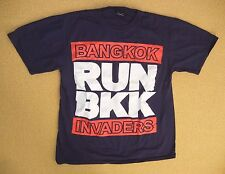 BANGKOK INVADERS Thailand Navy Blue RUN BKK T-SHIRT Party Rocking Crew Size XL