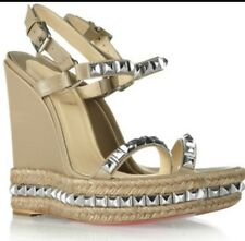 CHRISTIAN LOUBOUTIN CATACLOU WEDGE SIZE 35 Nude