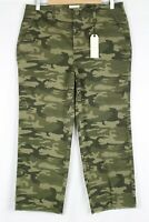 Sanctuary Women's Frayed Hem Crop Pants Size 31 Camo Green