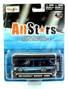 MAISTO / 1962 Chevrolet Biscayne Wagon (Two-Tone Blue) - On sealed blister card.