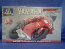 ITALERI YAMAHA YZR 500 MOTORCYCLE PLASTIC MODEL KIT