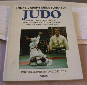 PAPERBACK BOOK  ** THE NEIL ADAMS GUIDE TO BETTER JUDO ** by NEIL ADAMS - USED