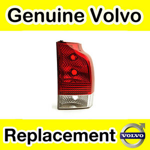 Genuine Volvo XC70 (05-08) Lower Rear Light Unit (RHD/Right)