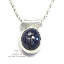Sternsaphir in Silberfassung