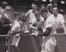 "Lou Gehrig - 8"" x 10"" Photo - 1939 - Yankee Stadium - New York"