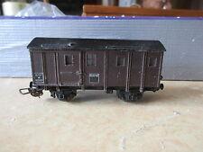 Hornby Fourgon fin de convoi avec éclairage brun à essieux