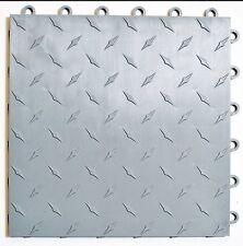 SILVER Speedway Garage floor Tile - 6 Lock Diamond plate