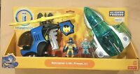 New IMAGINEXT DC Comics SUPER FRIENDS BATMAN BATCOPTER & MR. FREEZE JET Playset