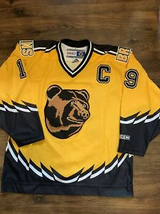 CCM Joe Thornton Boston Bruins Pooh Bear NHL Hockey Jersey Yellow Alternate L