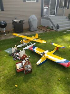 Used R/C plains seaplane and Piper Cub on floats.$200.00 or Best offer