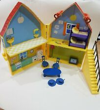 Peppa Pig Yellow House Playset Carry Case ref1P33