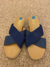New Franco Sarto Denim Blue Chambray  Flat Sandals Size 8