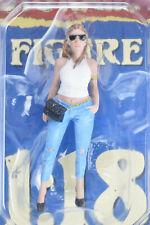 "American Diorama ""Ladies Night"" - Sara 1/18 Scale Resin Display Figure AD-38189"