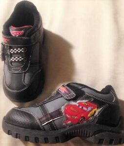 Shoes Disney Cars boys size 10M EUR 27 new man made materials toddler lights