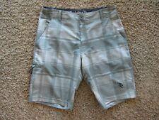 DaHui Polyester Blend Surf Shorts Gray Plaid Men's Shorts Size 30