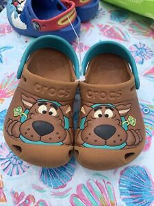 scooby doo crocs 6/7 Shoes Boys Brown Real