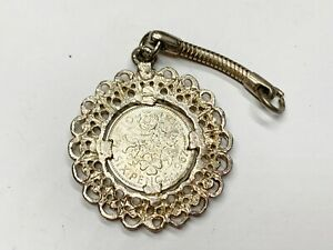 VINTAGE SILVER METAL SIX PENCE 1967 MOUNTED COIN LADIES PENDANT FOR NECKLACE