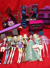 Monster High Dolls And Furnitures Lot - 1 Has Double Face or Conjoined Head