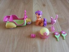 My Little Pony Ponyville Scoot Along with Scootaloo