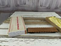 C&W flatbed flat wood deck 41550 car toy HO freight