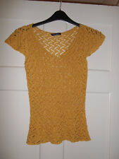 YELLOW V NECK LACE KNIT LACE SHORT SLEEVE TOP SMALL 10 12 OPEN STRETCHY