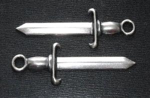 PAIR OF SILVER-PLATED MENUKI : Decoration for Japanese Samurai Sword