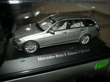 1:43 Schuco Mercedes-Benz Clase E T-modelo Palladium plata/Silver nº b66962444
