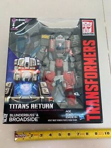 Transformer Titans Return - BROADSIDE -Voyager Class -Triple Changer -NEW -00310