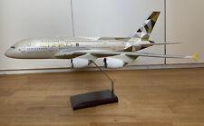 Flugzeugmodell 1:100 Etihad Airways Airbus A380-800 A6-APA rare Premium Models