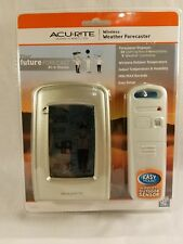 AcuRite 00827 What-to-Wear Wireless Weather Forecaster Weather Station