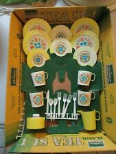 Vtg Chilton Toys Play Plastic Tea Set for 4 w/ Display Box