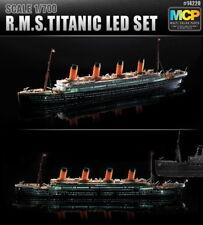 Academy 1/700 RMS Titanic LED Set