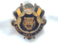 Collectable - Navy Army - R.L.F.C - Members Badge - Pin