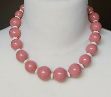 Pretty Vintage Coral Pink Lucite Bead Graduated Necklace
