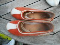 COLLECTOR ! CHAUSSURES PATAUGAS ORANGE BEIGE T 36 A 12€ ACH IMM IDEAL ETE PLAGE