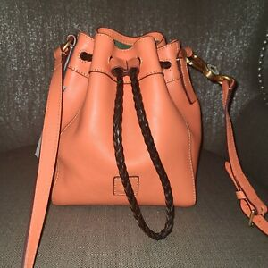 Nwt DOONEY BOURKE SMALL HATTIE ,SALMON