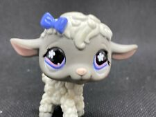 Littlest Pet Shop Authentic Lps 549 White With Gray Face Blue & Pink Eyes