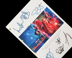 WandaVision TV Script Signatures Autograph Reprint Elizabeth Olsen Paul Bettany