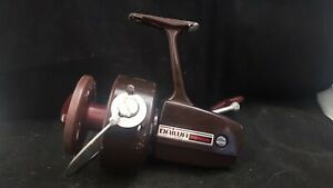 """ANTIQUE COLLECTABLE BIG FIXED SPOOL FISHING REEL {DAIWA 7600R} """"FAIR CONDITION"""""""