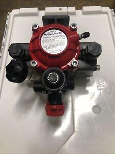 HYPRO PUMP MODEL 9910-D252GRGI W/GEAR REDUCTION