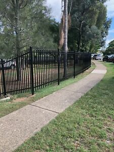 SECURITY FENCE PANELS SAVE $$$ 2.4 x 2.1 high