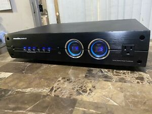 Panamax Model M5400-EX 11 Outlet Home Theater Power Conditioner