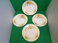 Midwinter Semi Porcelain Floral Dinner Plates x 4