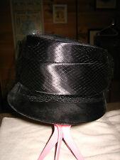 WOMEN'S VINTAGE BLACK VELVET & SATIN PILL BOX HAT ~FROM UNION MADE~IN USA~SZ 6
