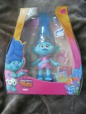 HASBRO TROLLS ~ MADDIE FIGURE WITH ACCESSORIES  NEW IN BOX AGE 4+